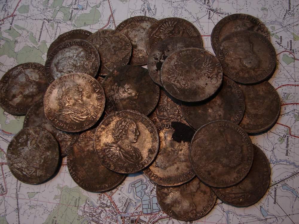 Заначка Достоевского? Во время реконструкции Любинского проспекта рабочие нашли монеты 1900-х годов