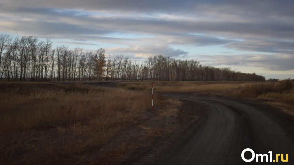 Глава омского Минстроя прокомментировал распутицу на северных дорогах