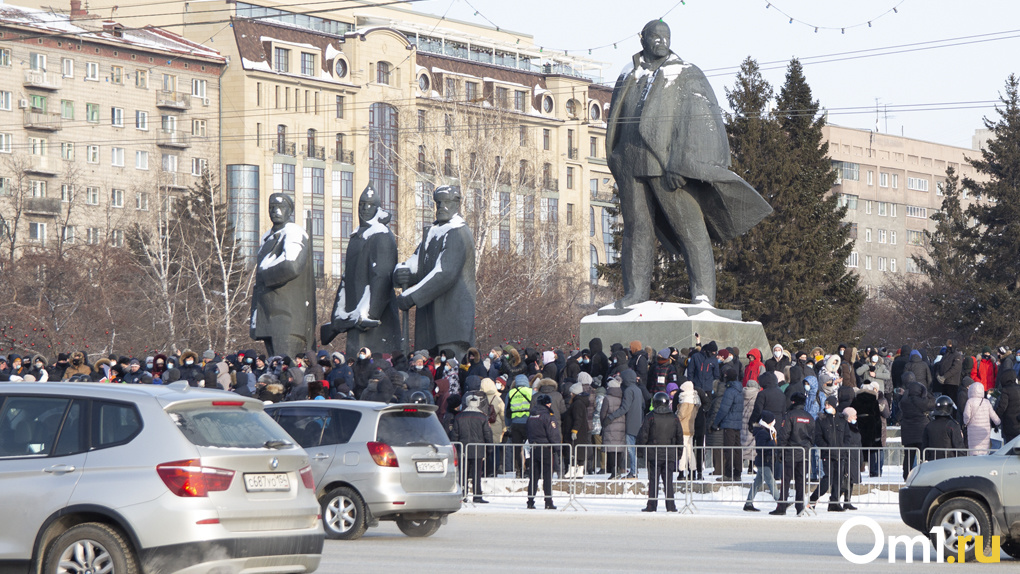 «Не нужно создавать врагов»: новосибирский депутат предложил мэру узаконить акции протеста