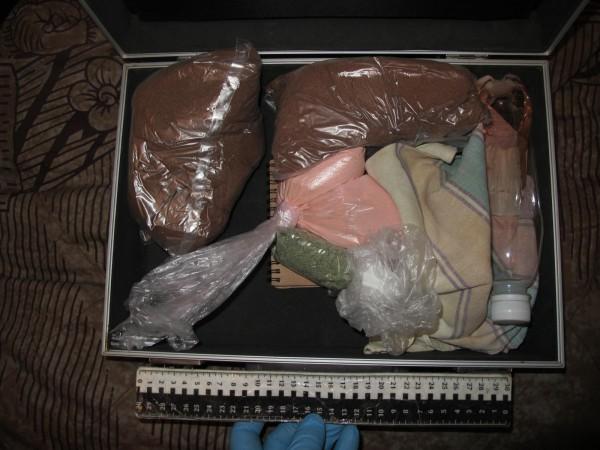 Во все тяжкие: первокурсница омского вуза ввязалась в наркоторговлю