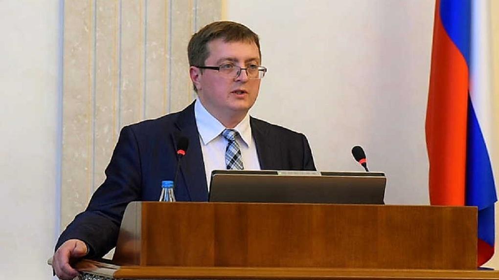 Новосибирский замминистра получил звание заслуженного экономиста