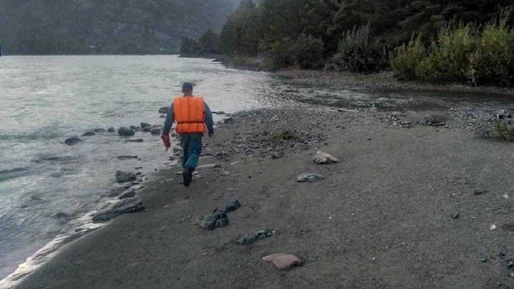 «Нырнула ради видео»: жительница Новосибирска утонула на Алтае