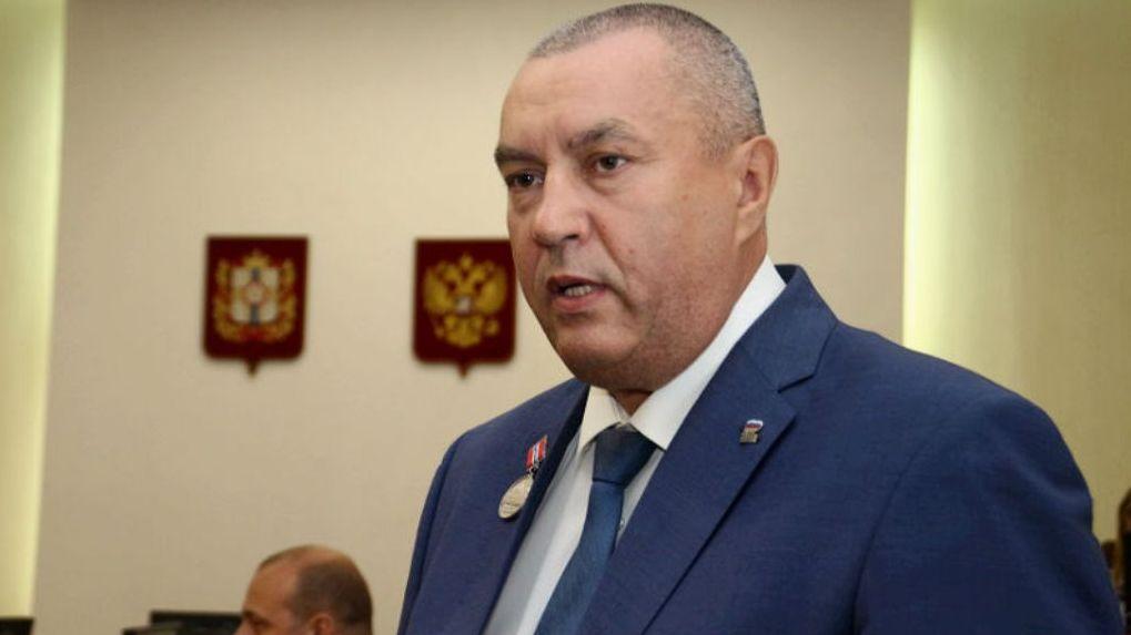 Бурков подписал распоряжение о назначении Фролова вице-губернатором