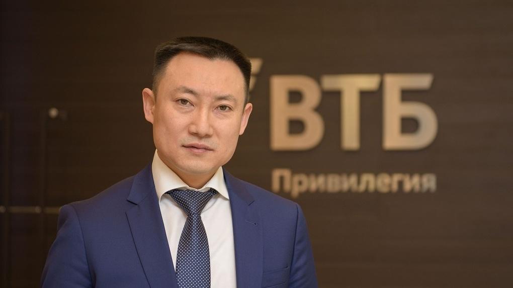 Управляющий ВТБ в Омске Дмитрий Ким озвучил журналистам итоги работы за 6 месяцев.