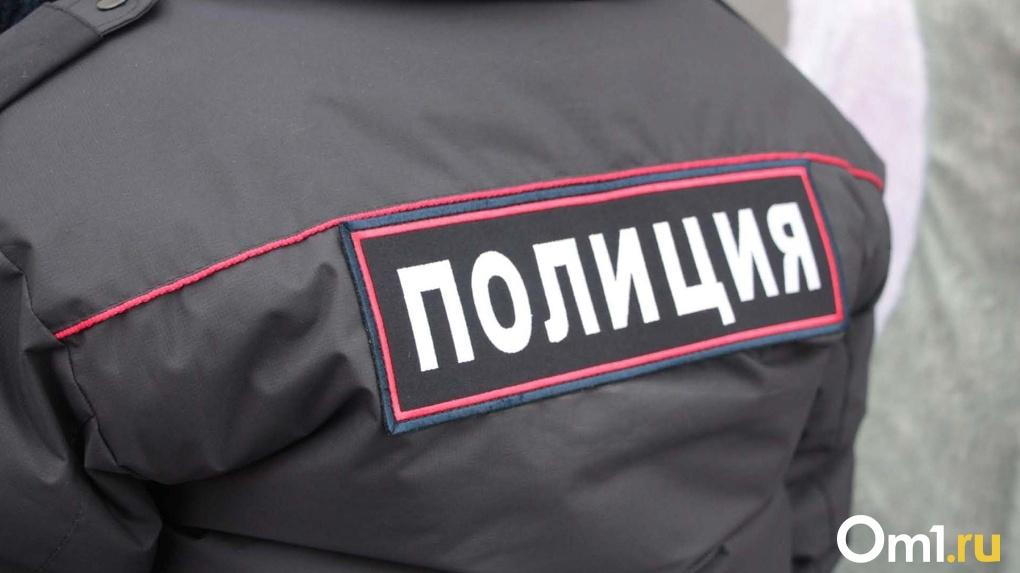 У электрика из Омской области родственница угнала старенький Nissan