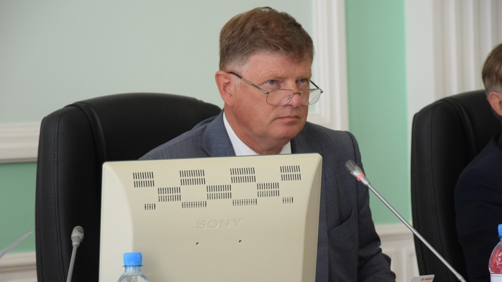 Корбут, перейдя из МЧС в Омский горсовет, вдвое увеличил доходы