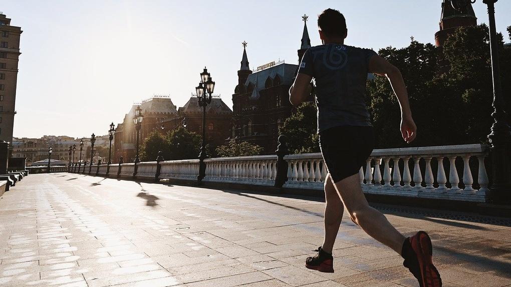 Омич пробежал около 1000 километров для помощи тяжелобольным детям
