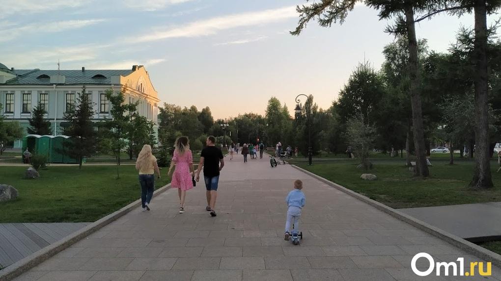 Жара и угарный газ. Центр Омска превратился в огромную печь