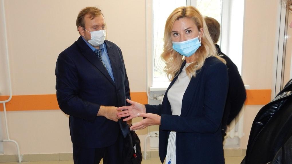 В Москаленках все службы поликлиники могут объединить в здании бывшего роддома