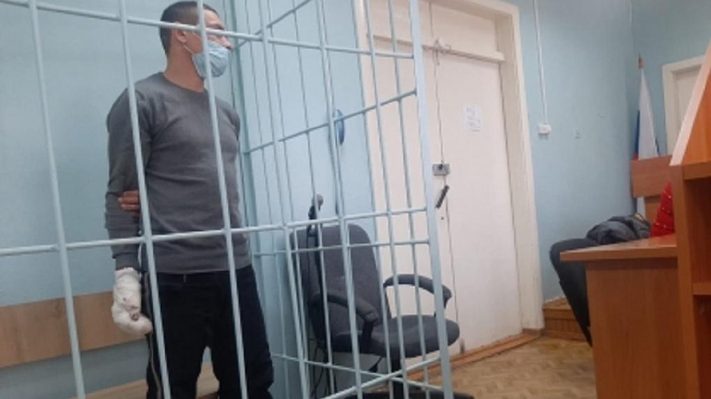 Убившему жену в день свадьбы новосибирскому уголовнику предъявили обвинение