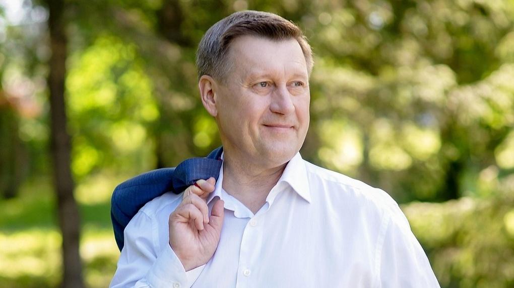 Анатолий Локоть ответил на претензии по поводу предоставления земли под летние веранды в Новосибирске