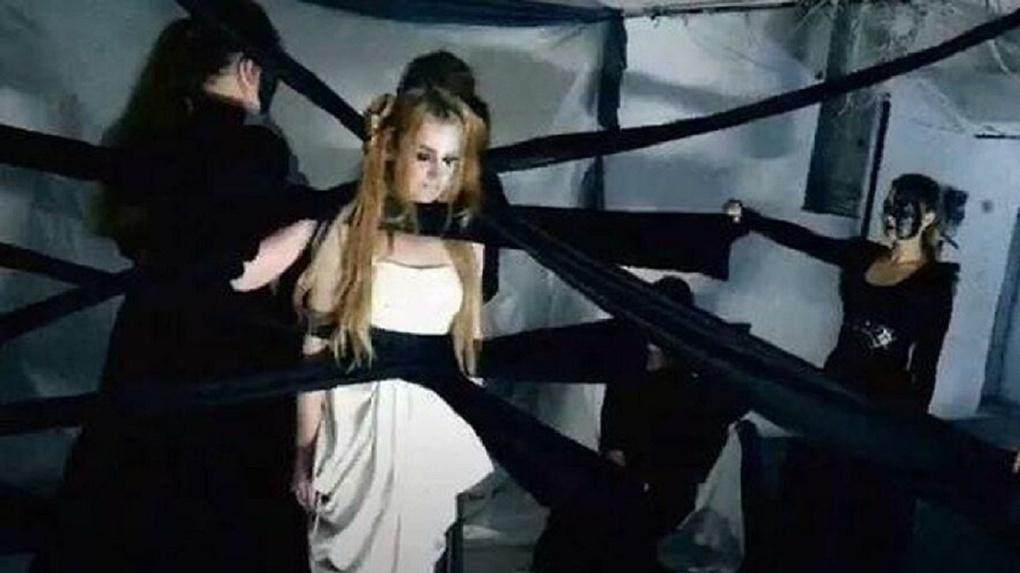 Клип на популярную песню Evanescence сняли заключённые в новосибирской колонии (видео)