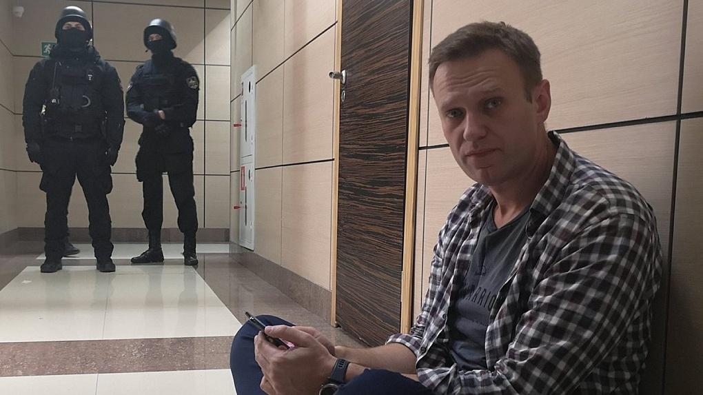 Стало известно, сколько средств потратили на лечение Навального в Омске и Германии