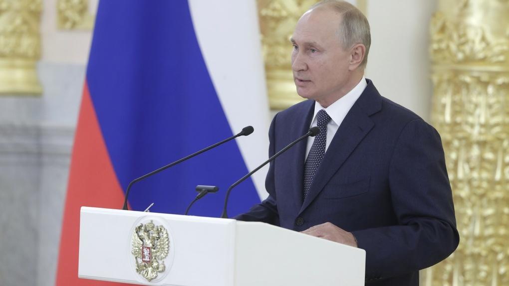 Задать вопрос президенту: когда Владимир Путин выйдет на прямую линию с жителями