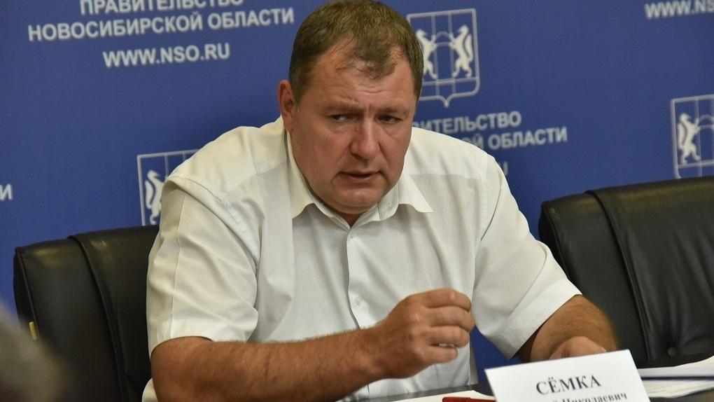 Замгубернатора Новосибирской области Сергей Сёмка попал в больницу с подозрением на коронавирус