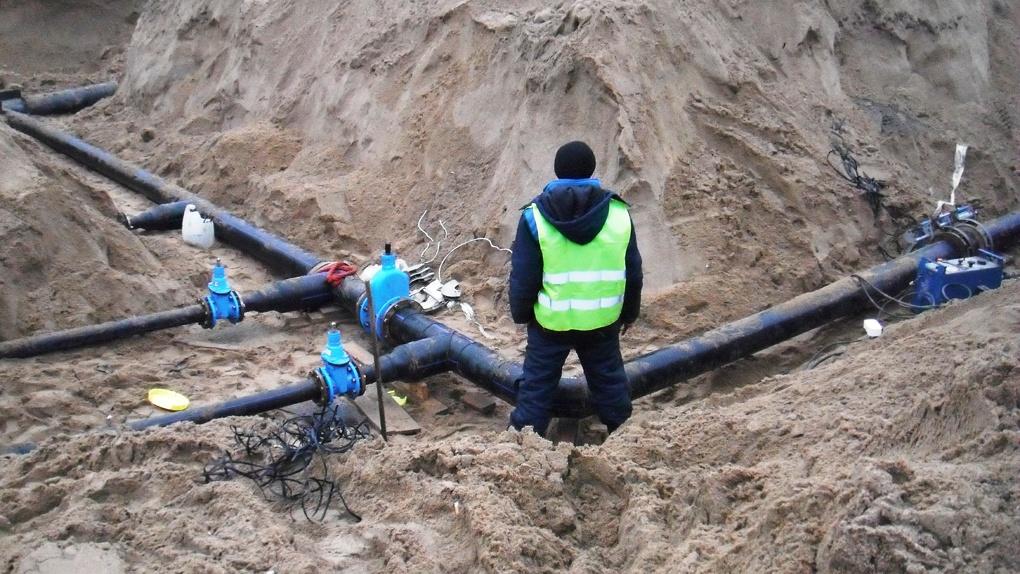 Омский Минсельхоз на сэкономленные деньги построит два водопровода и каток