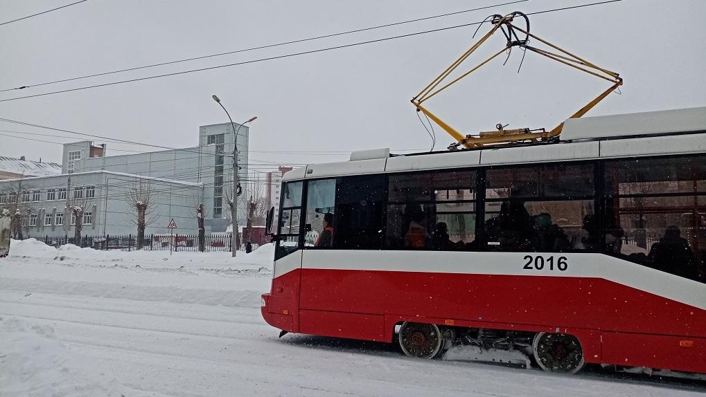 Новосибирск получил три подержанных трамвая из Москвы