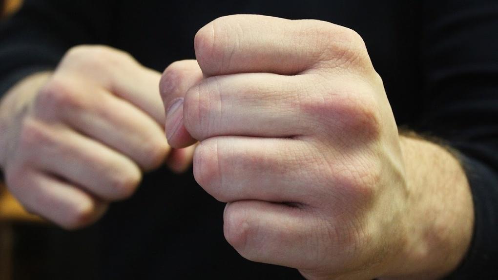 Погиб от черепно-мозговой травмы: новосибирец отправится под суд за жестокое избиение своего собутыльника