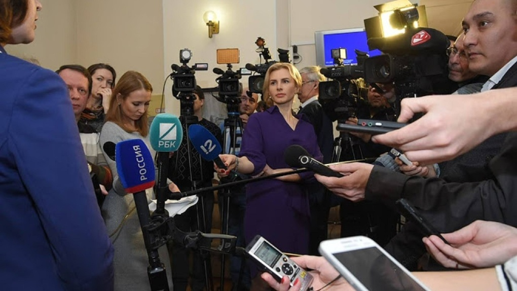 В перечень пострадавших от коронавируса отраслей включили СМИ