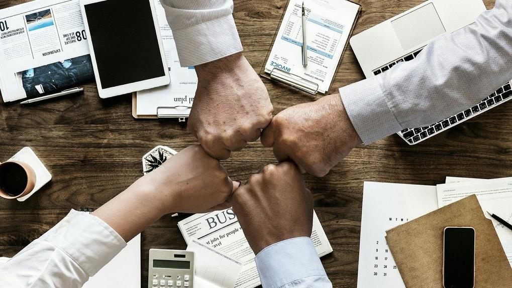 «Снижение налогов, отсрочка платежей»: в Омской области впервые разработали план поддержки бизнеса