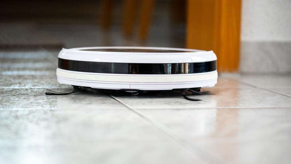 Зачем убираться самому, если для этого есть роботы Обзор современной техники для дома