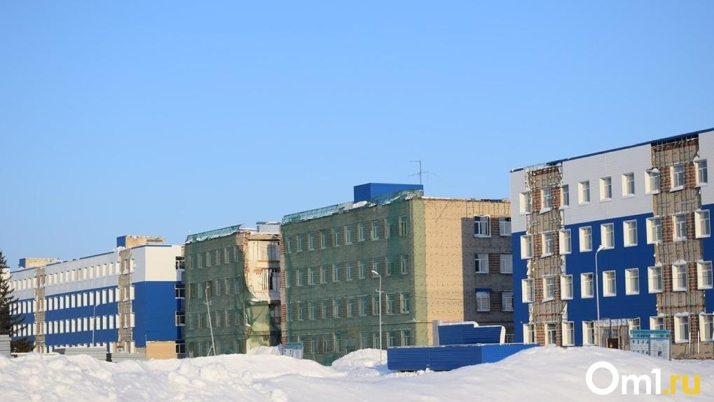 На скамье подсудимых 11 человек: в Омске начался суд по делу об обрушении казармы учебного центра ВДВ