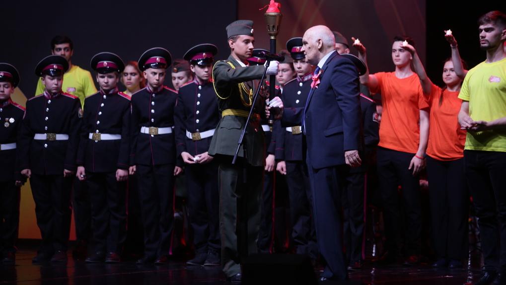 400 тысяч новосибирцев приняли участие в «Эстафете патриотизма поколений»