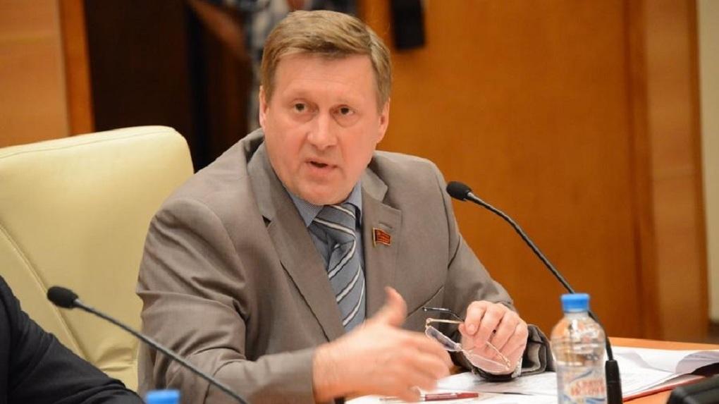 Это трагедия: мэр Новосибирска прокомментировал гибель мужчины от пули полицейского