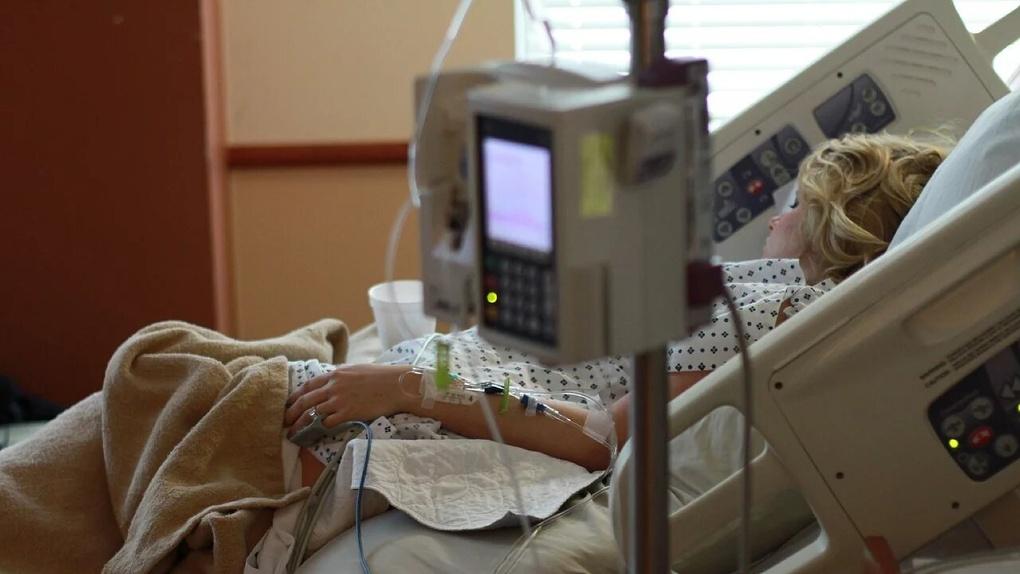 Для борьбы с коронавирусом в Омске закупают пять аппаратов для искусственной вентиляции легких