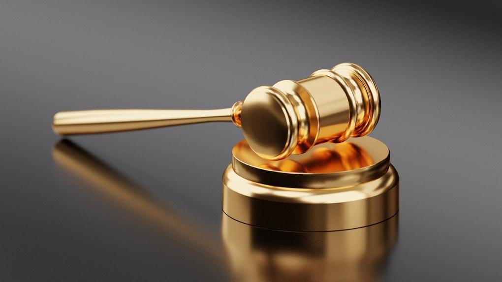 Обвиняемый в смерти девятилетней девочки новосибирец умер от коронавируса до решения суда