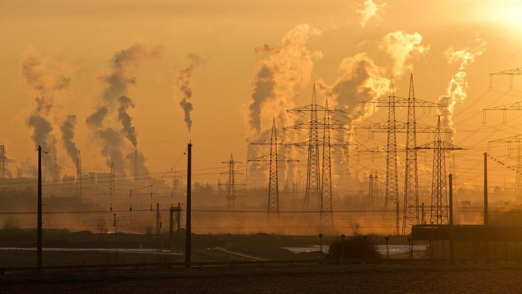 «Для нас всегда будет плохо». Чиновник Минприроды рассказал о выбросах в Омске