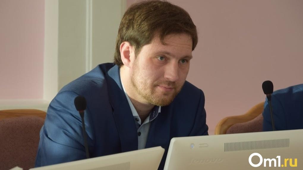 Адекватность омского депутата будут определять в московском научном центре