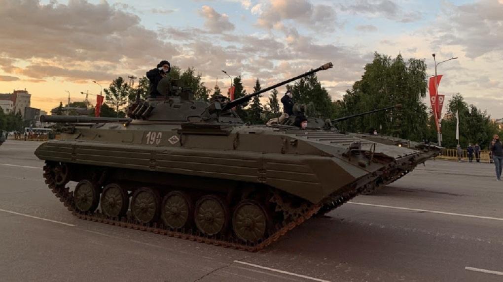 Призывать в армию омичей будет военный из Кировской области