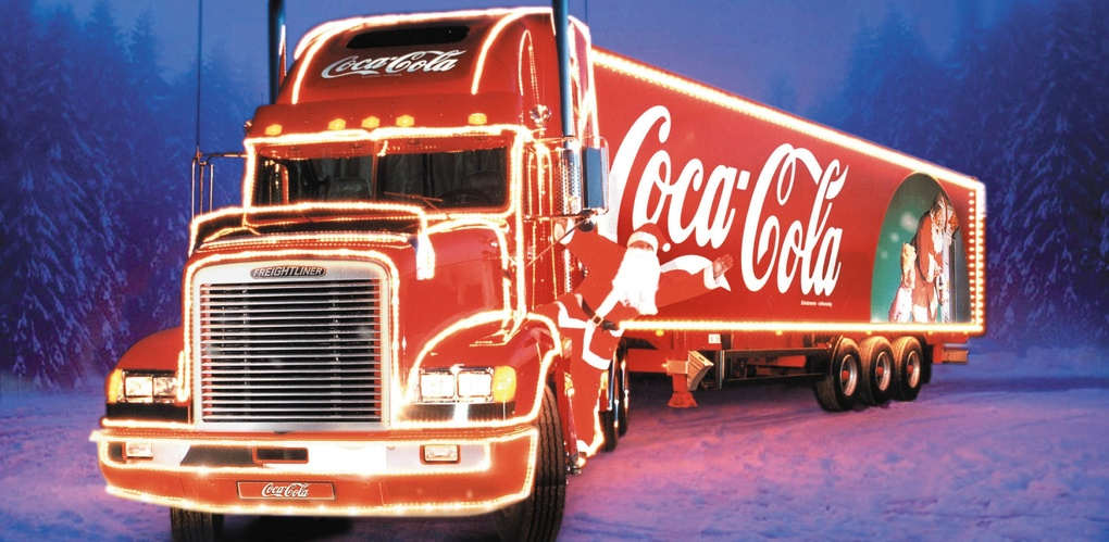 Омские улицы заполнили грузовики Coca-Cola (фото и видео)