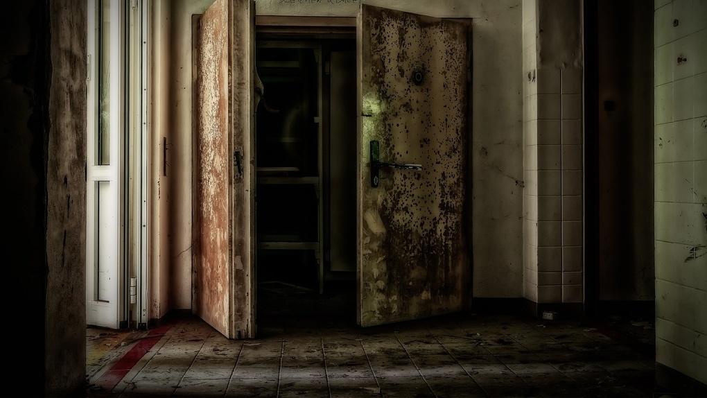 В Омске за три месяца в моргах скопилось 50 тел, которые некому хоронить