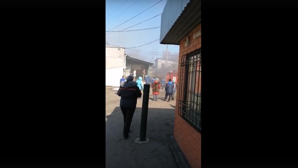В Омске 18 пожарных тушили один квадратный метр