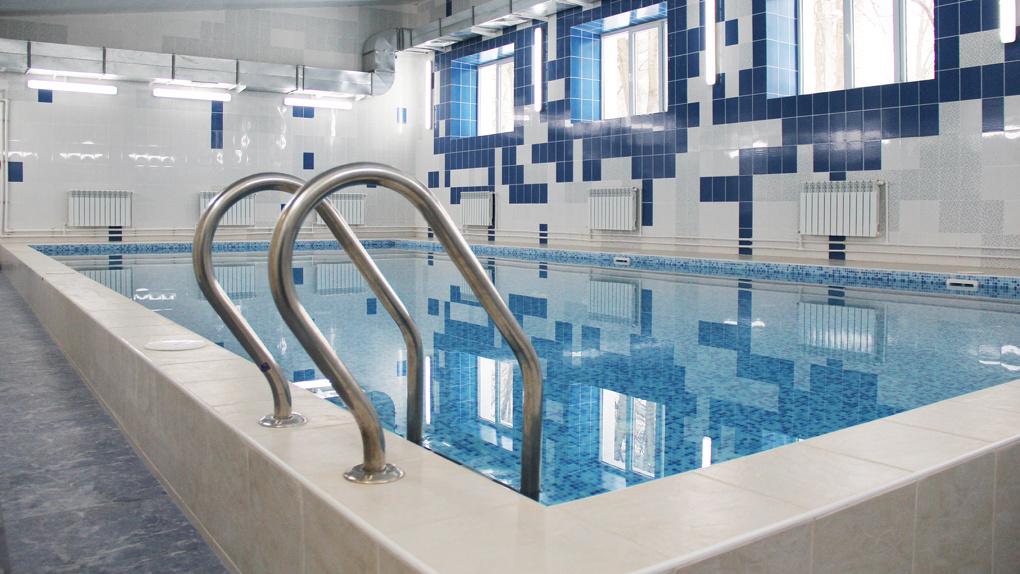 Бассейн в новосибирской школе № 129 реконструируют за 10 млн рублей