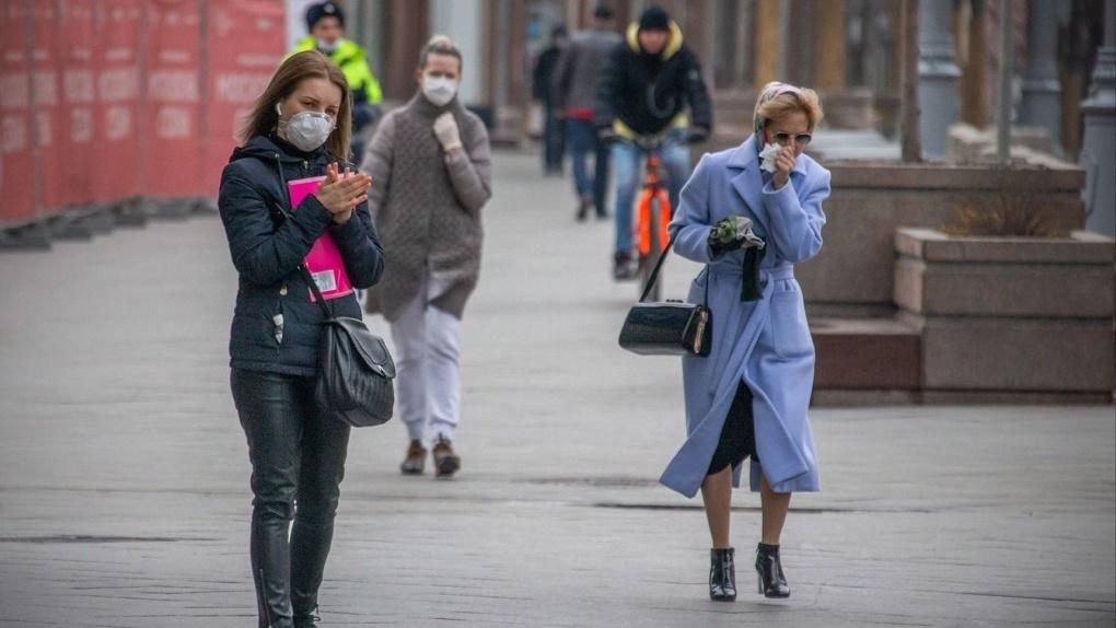 В России начали возвращать коронавирусные ограничения из-за роста заболеваемости