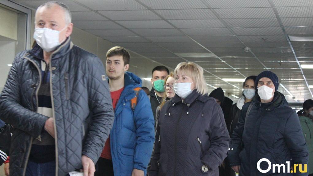 Пассажиропоток новосибирского аэропорта резко сократился на фоне пандемии