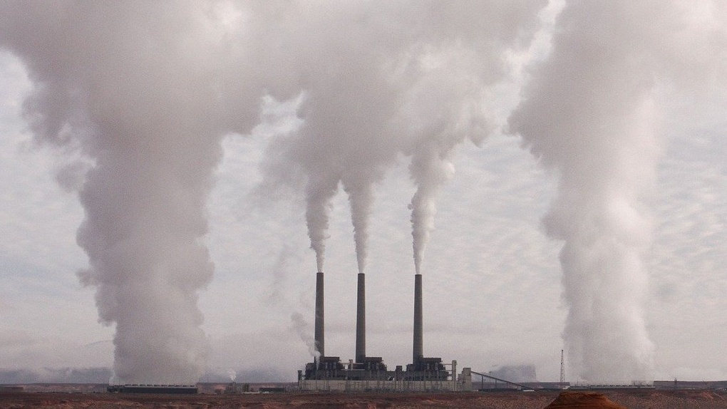 Росприроднадзор зафиксировал огромное количество выбросов в Омске, пока город был на самоизоляции
