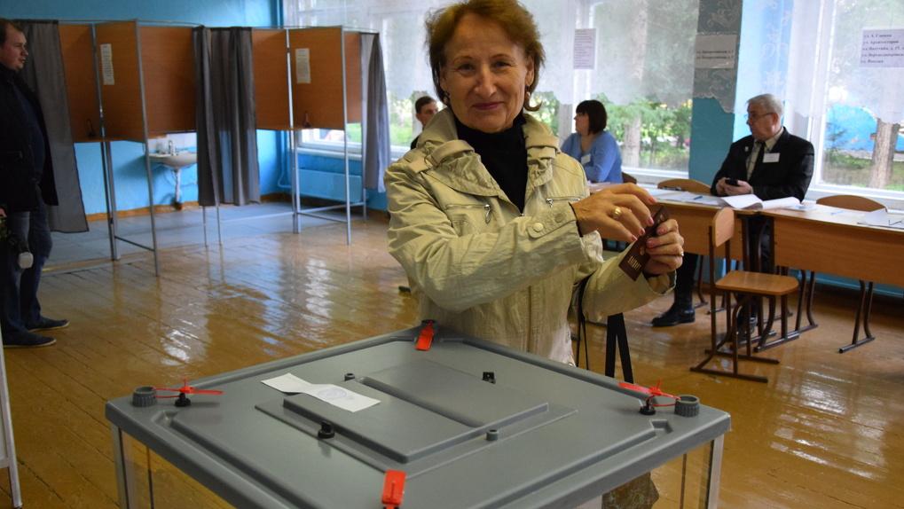 На выборах в Омске зафиксировали 4 нарушения, но избирком их не признал