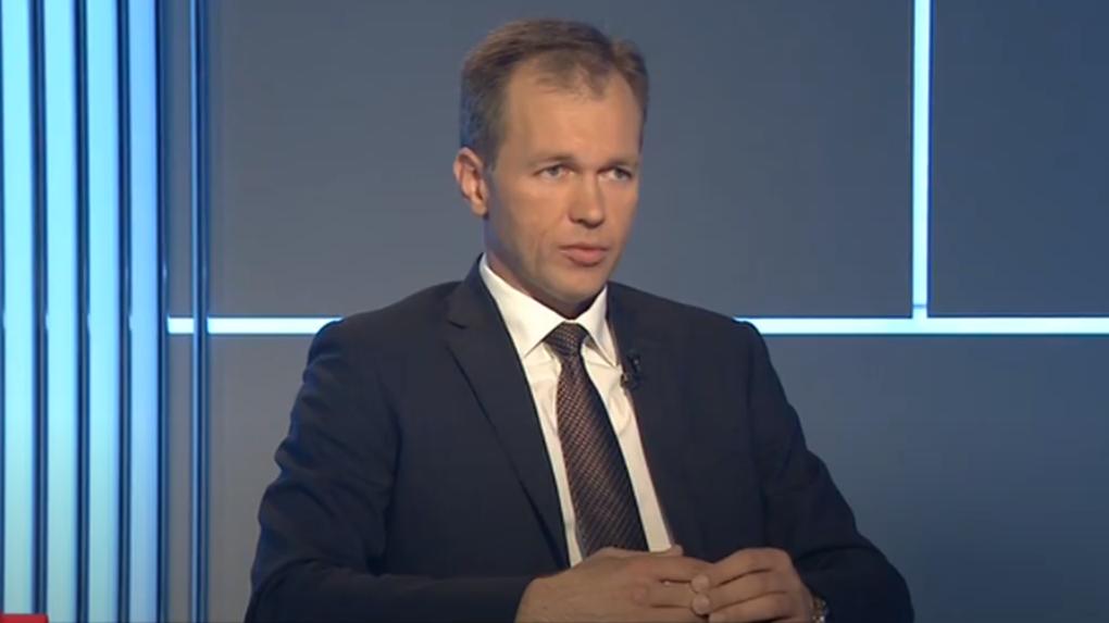 Вице-губернатор Дмитрий Ушаков — о том, как Омская область будет выходить из «ковидного» кризиса. LIVE