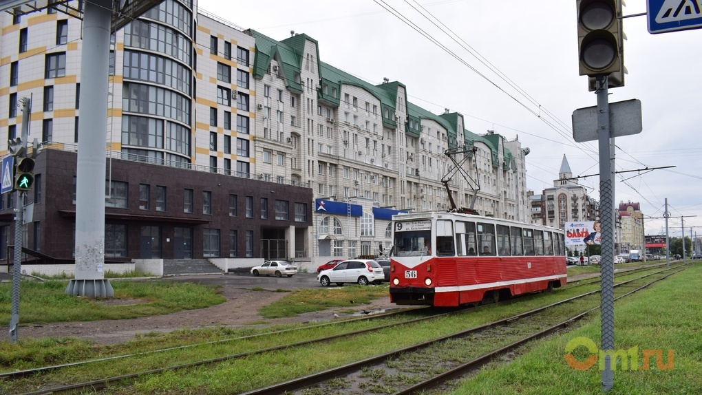 В омском транспорте можно будет платить с телефона