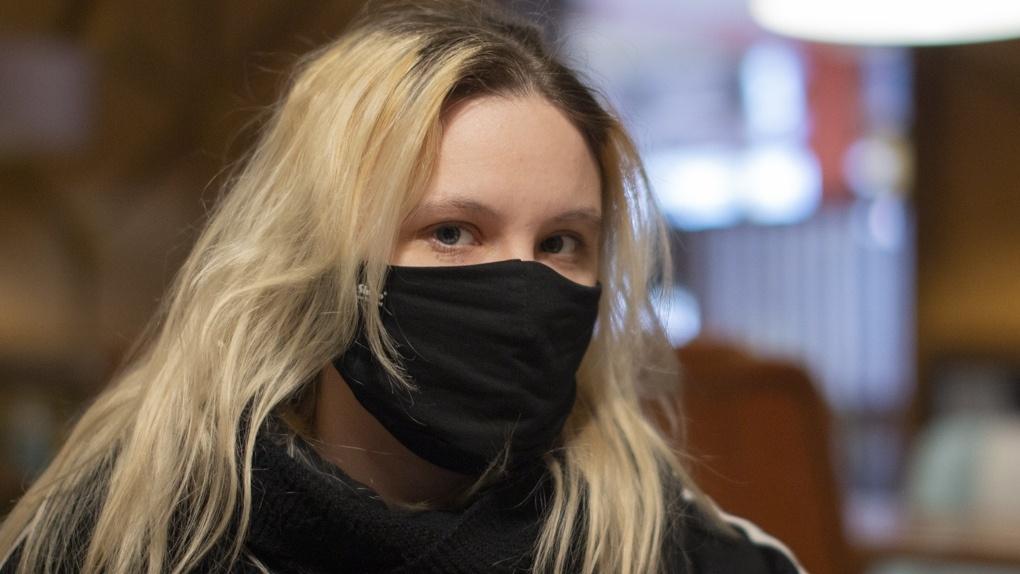 Новосибирские активисты помогут ловить антимасочников в торговых центрах
