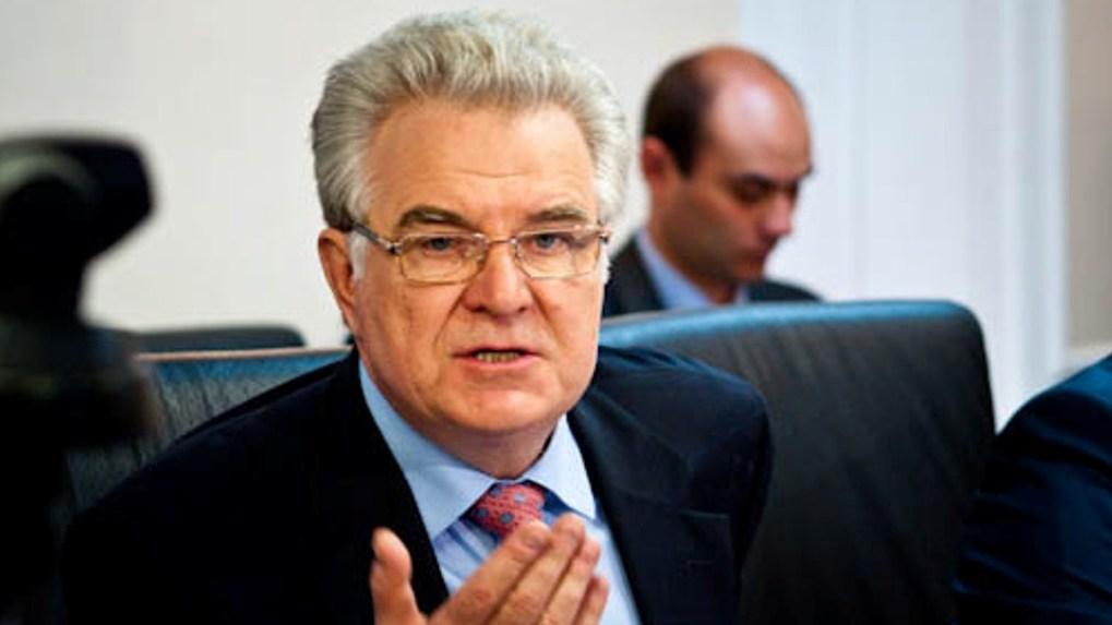 Варнавский призвал Буркова продлить налоговые льготы для «Титана» и «Омского бекона»