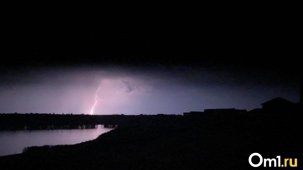 Дождь, грозы, штормовой ветер: нестабильная погода ждёт новосибирцев в ближайшую неделю