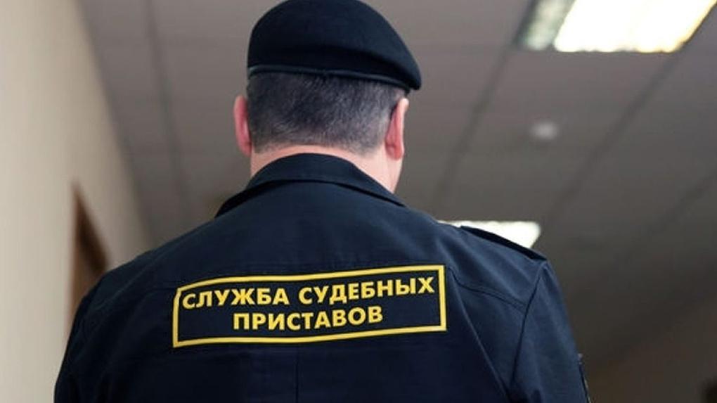 Судебные приставы закрыли два опасных клуба в Омском районе