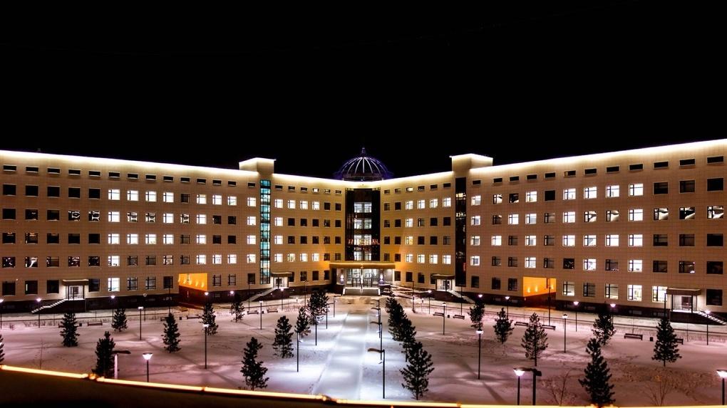 Общежитие НГУ закрыли на карантин: у одного из студентов заподозрили коронавирус
