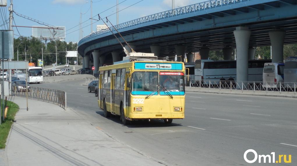 Мэр Новосибирска заявил, что город остался без новых троллейбусов