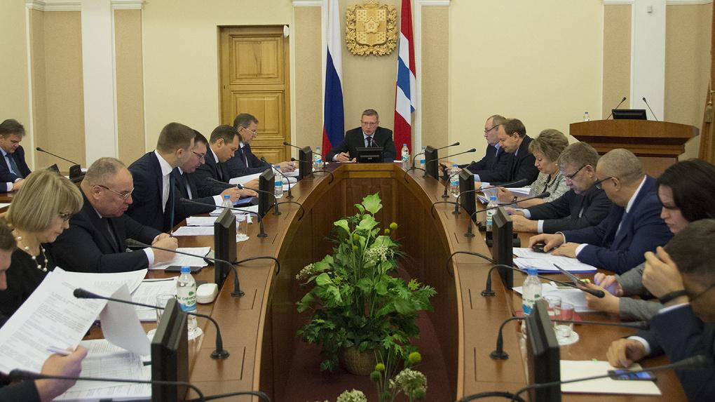 Бурков отправит в отставку треть омских министров